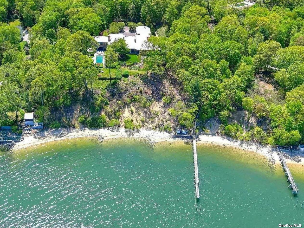 Residential for Sale at 60 Weld Gilder Road Oyster Bay, New York 11771 United States
