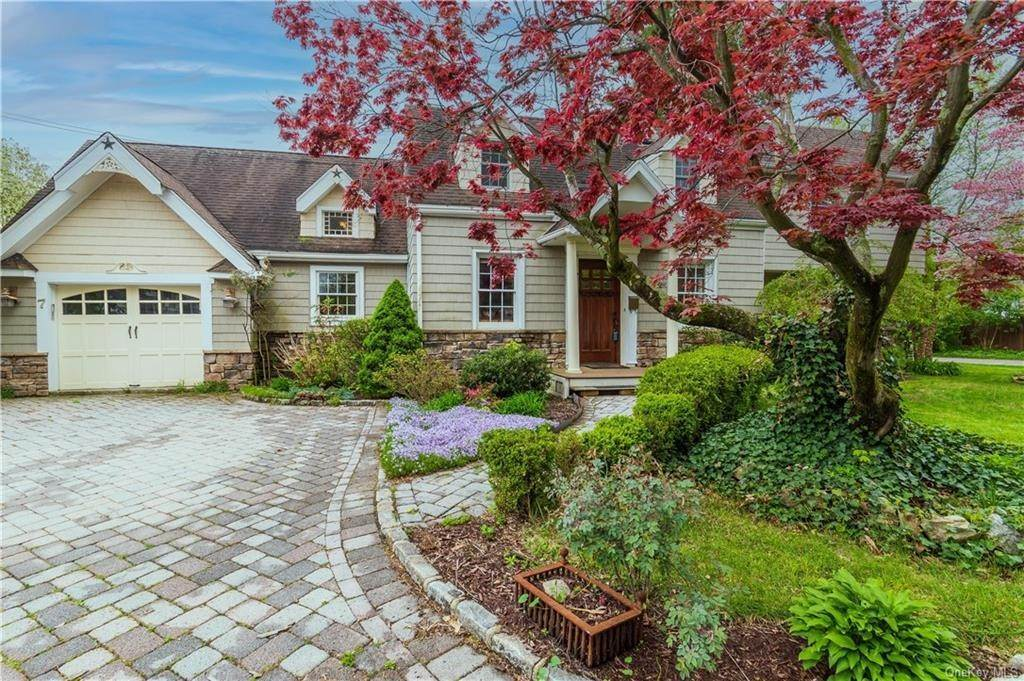 Residential for Sale at 7 Clove Road Sloatsburg, New York 10974 United States