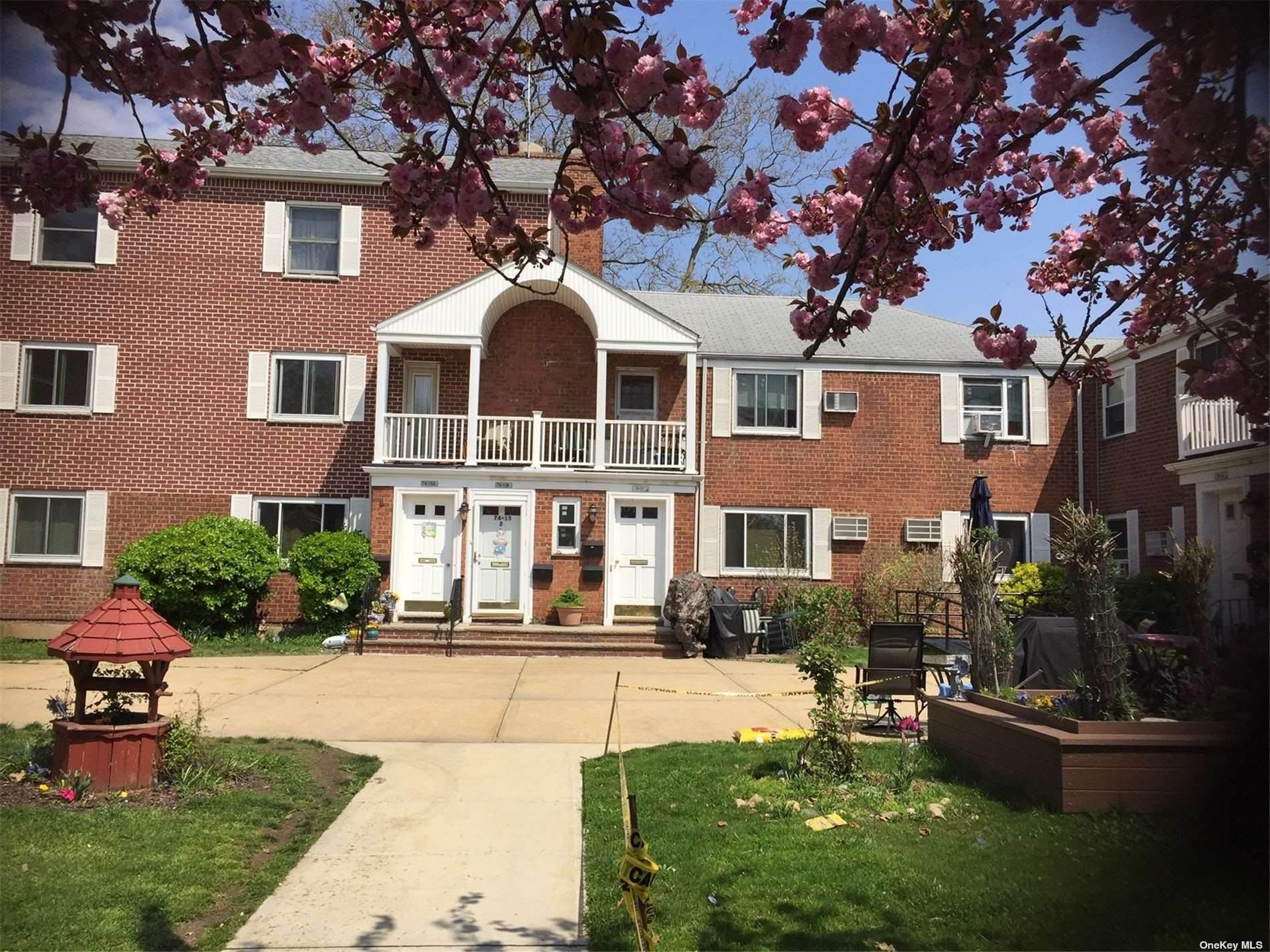 Residential Lease at 74-17 Little Neck Parkway Glen Oaks, New York 11004 United States