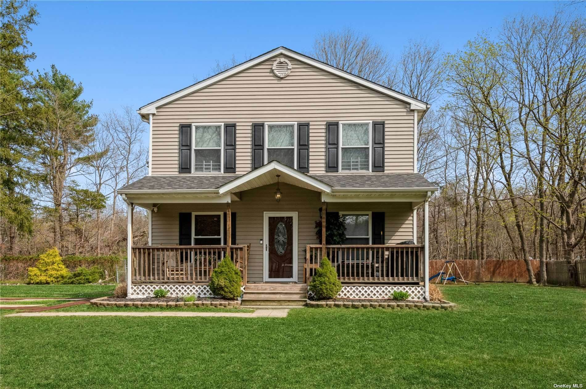 Residential for Sale at 586 Old Country Road Huntington Station, New York 11746 United States