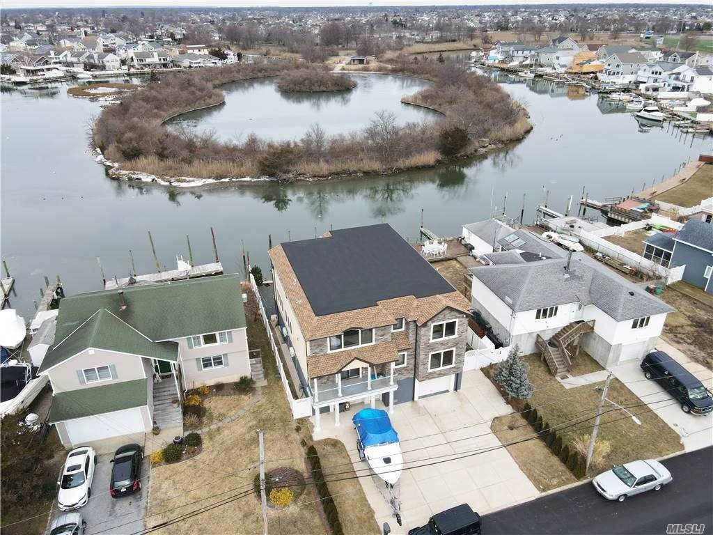 Residential for Sale at 3595 Somerset Drive, Seaford, NY 11783 Seaford, New York 11783 United States