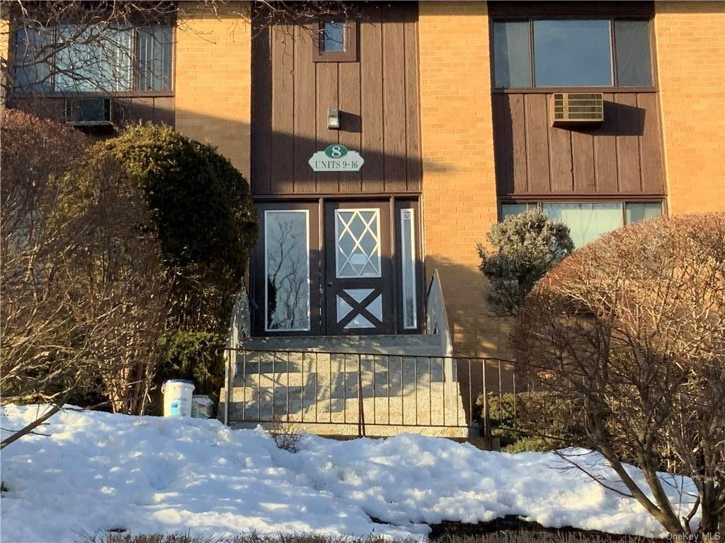 Residential for Sale at 8 E Lawrence Park Drive # 11 Piermont, New York 10968 United States