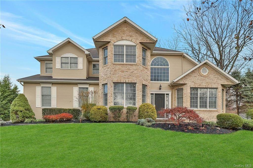 Residential for Sale at 2 Meriwether Trail, Clarkstown, NY 10920 Congers, New York 10920 United States