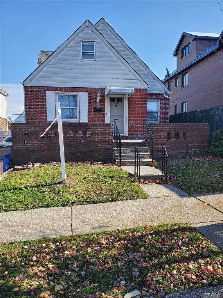 Residential Lease الساعة 57-35 Parsons Boulevard # House, Flushing, NY 11365 Flushing, New York 11365 United States