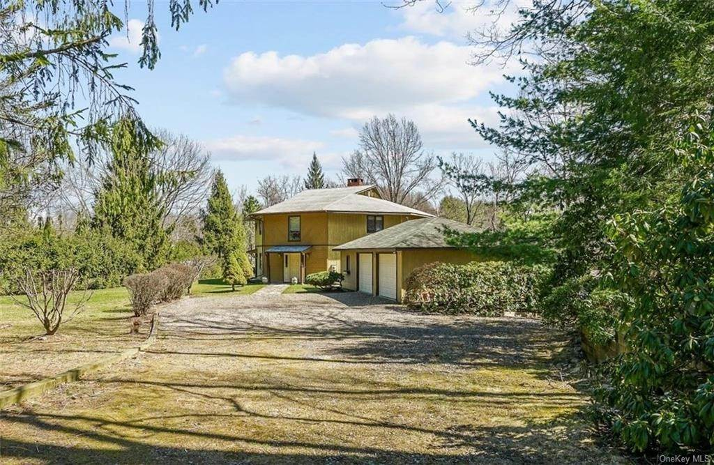 Residential for Sale at 20 Ene Road Modena, New York 12548 United States