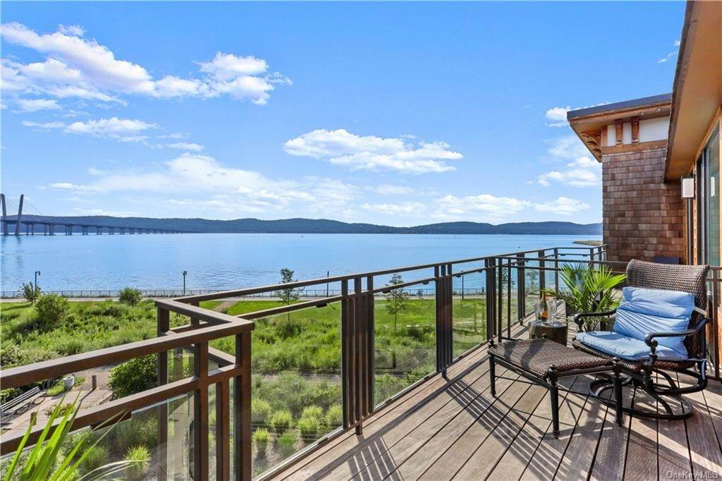 Residential for Sale at 45 Hudson View Way # 402 Tarrytown, New York 10591 United States