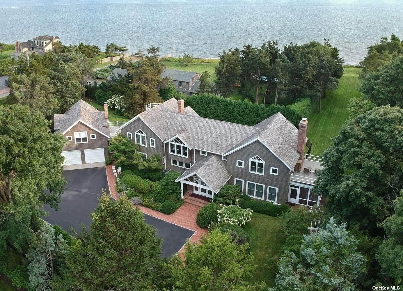 Residential for Sale at 42 Thorn Hedge Road Bellport, New York 11713 United States