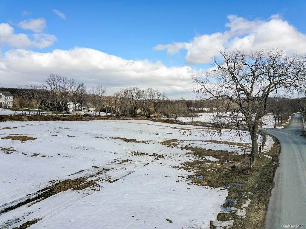 Residential for Sale at Lot 4 Breeze Hill Road New Hampton, New York 10958 United States