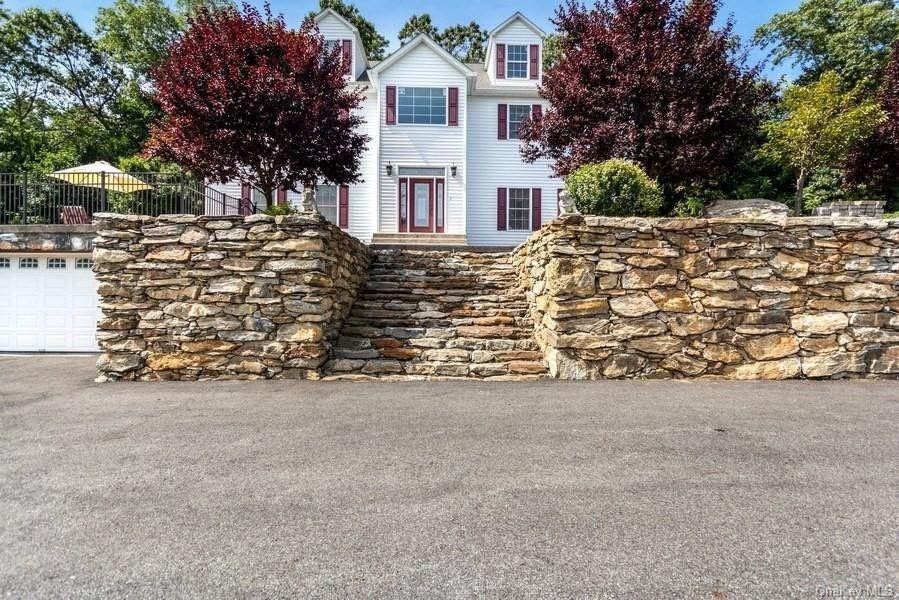 Residential for Sale at 124 Bullet Hole Road Mahopac, New York 10541 United States