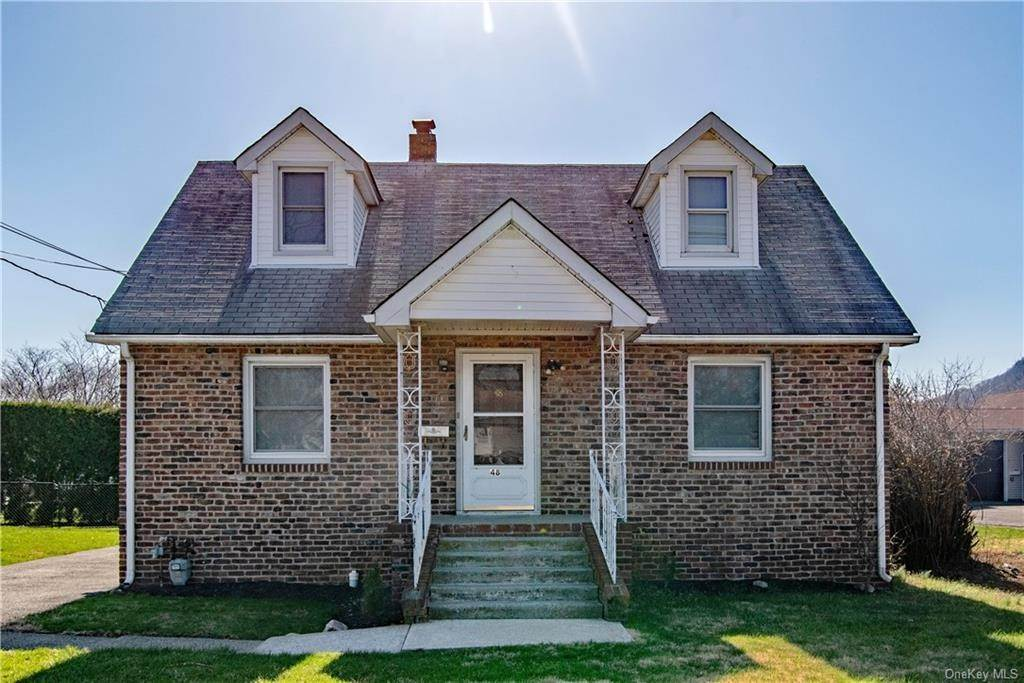 Residential for Sale at 48 Tanneyanns Lane West Haverstraw, New York 10993 United States
