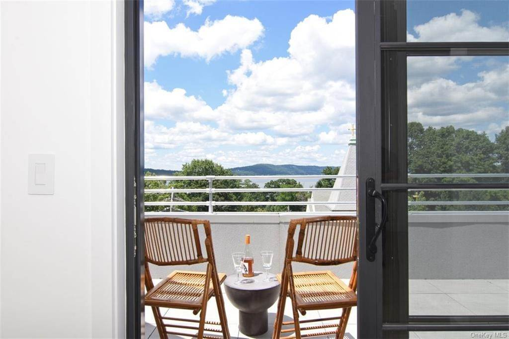 Residential for Sale at 50 Chestnut Street # 8 Dobbs Ferry, New York 10522 United States