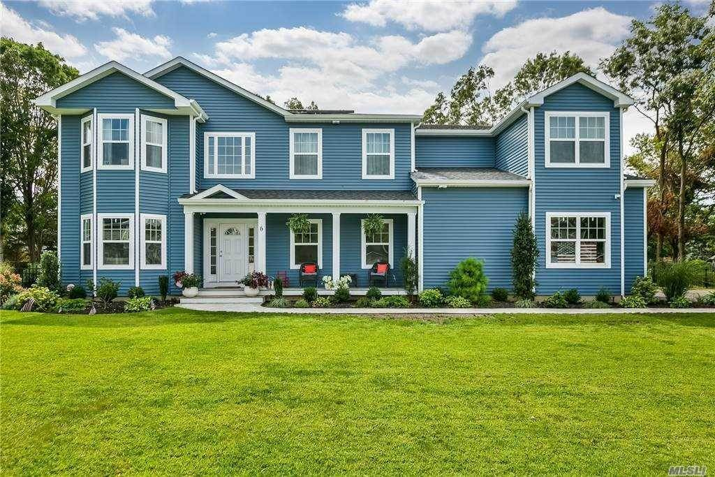 Residential for Sale at 6 Frank Court Holbrook, New York 11741 United States