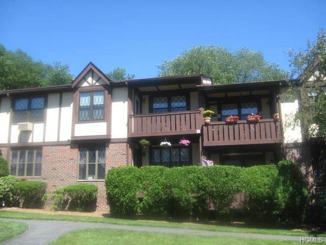Residential Lease at 365 Sierra Vista Lane Lane, Clarkstown, NY 10989 Clarkstown, New York 10989 United States