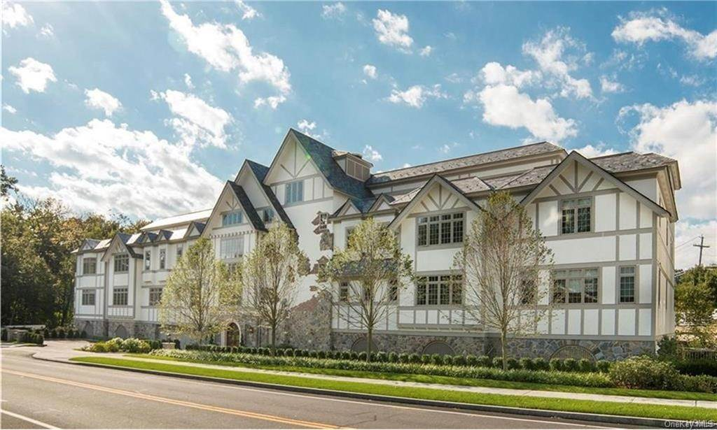 Residential Lease at 2 Weaver Street # 8 Scarsdale, New York 10583 United States