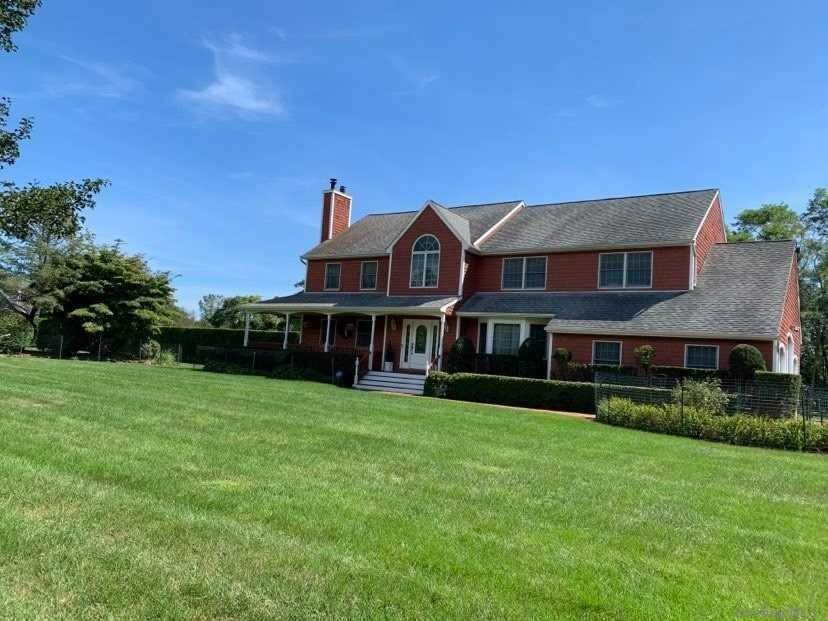 Residential for Sale at 2 Jareds Path Brookhaven, New York 11719 United States
