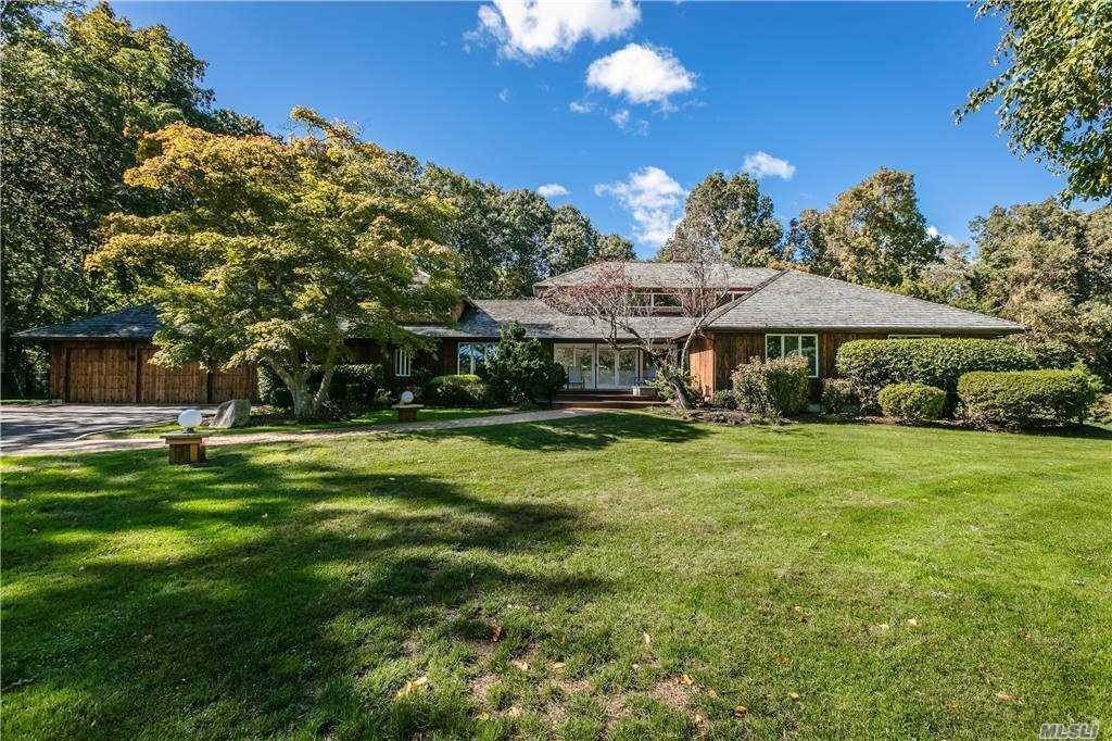 Residential for Sale at 18 Golf Club Road Nissequogue, New York 11780 United States