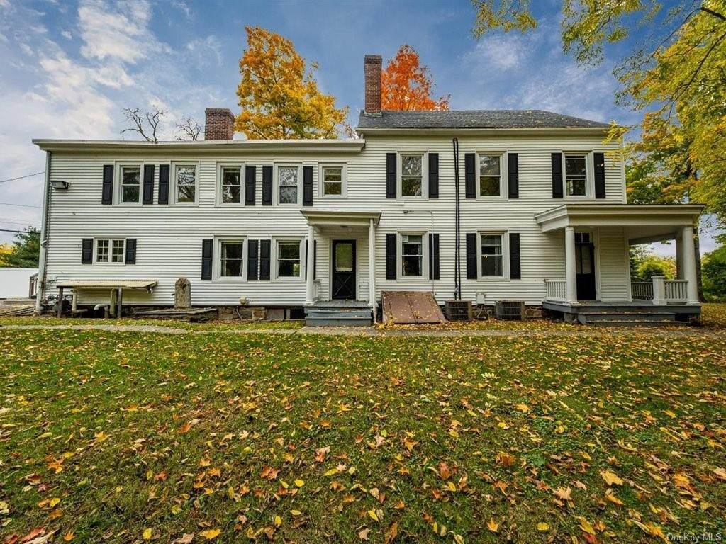 Residential للـ Sale في 1 Angola Road Cornwall, New York 12518 United States