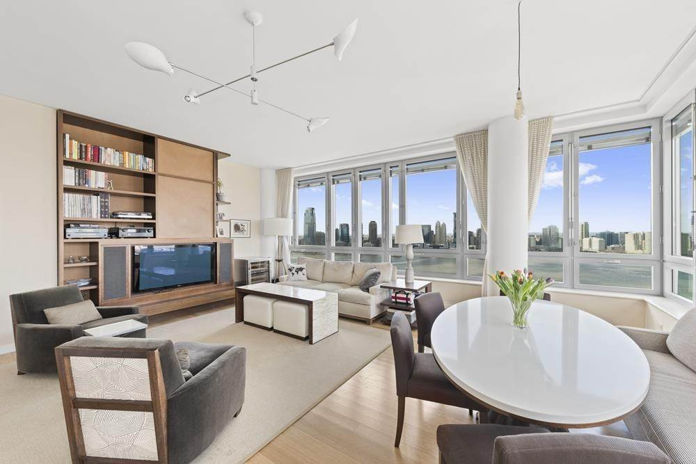 Residential Lease at 2 River # PH-E, New York, NY 10282 New York, New York 10282 United States