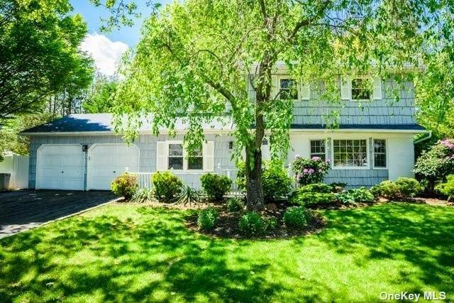 Residential for Sale at 10 Frost Pond Road Greenlawn, New York 11740 United States