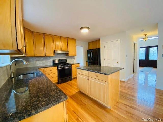 10. Residential for Sale at 101 Pelham Drive Cornwall, New York 12518 United States