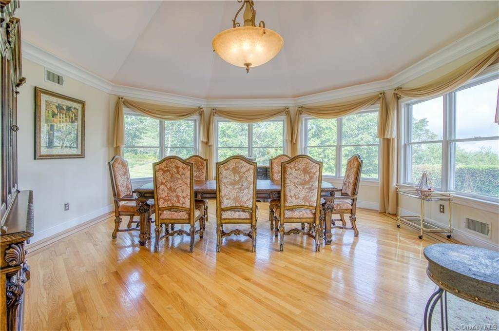12. Residential for Sale at 200 Mine Hill Road, Cornwall, NY 12518 Cornwall, New York 12518 United States