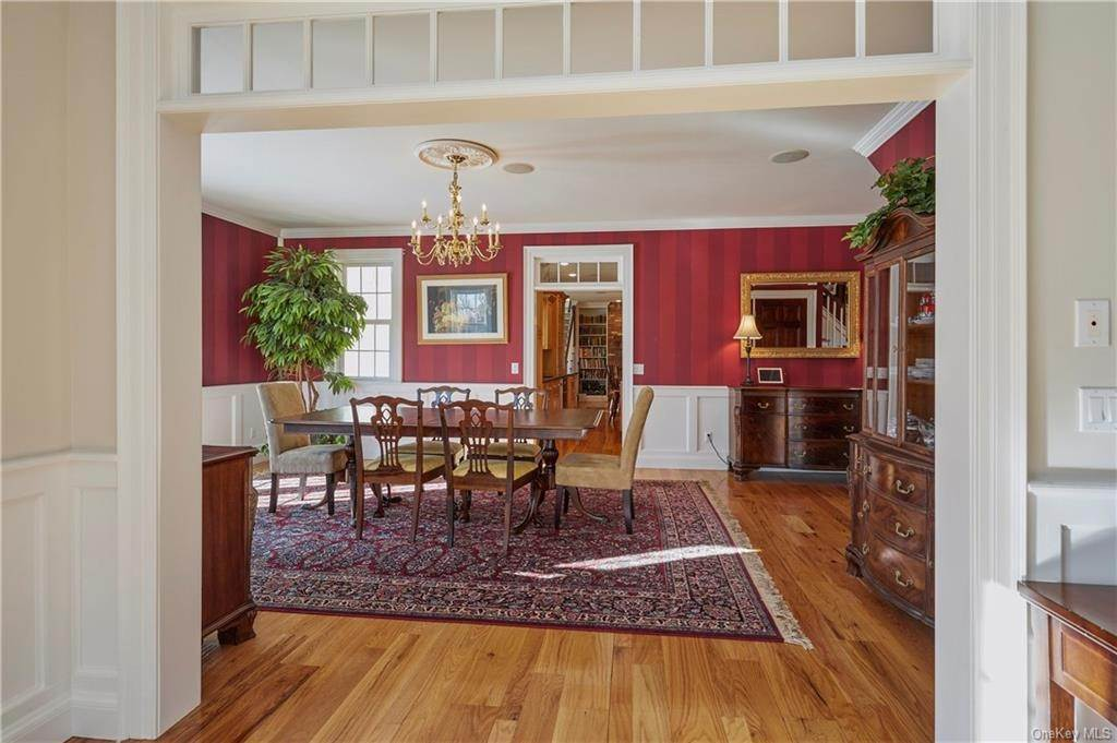 13. Residential for Sale at 32 Old Chester Road, Goshen, NY 10924 Goshen, New York 10924 United States