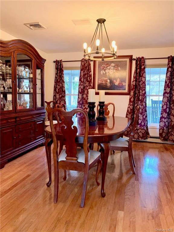 14. Residential for Sale at 15 Tomkins Ridge Road Tomkins Cove, New York 10986 United States