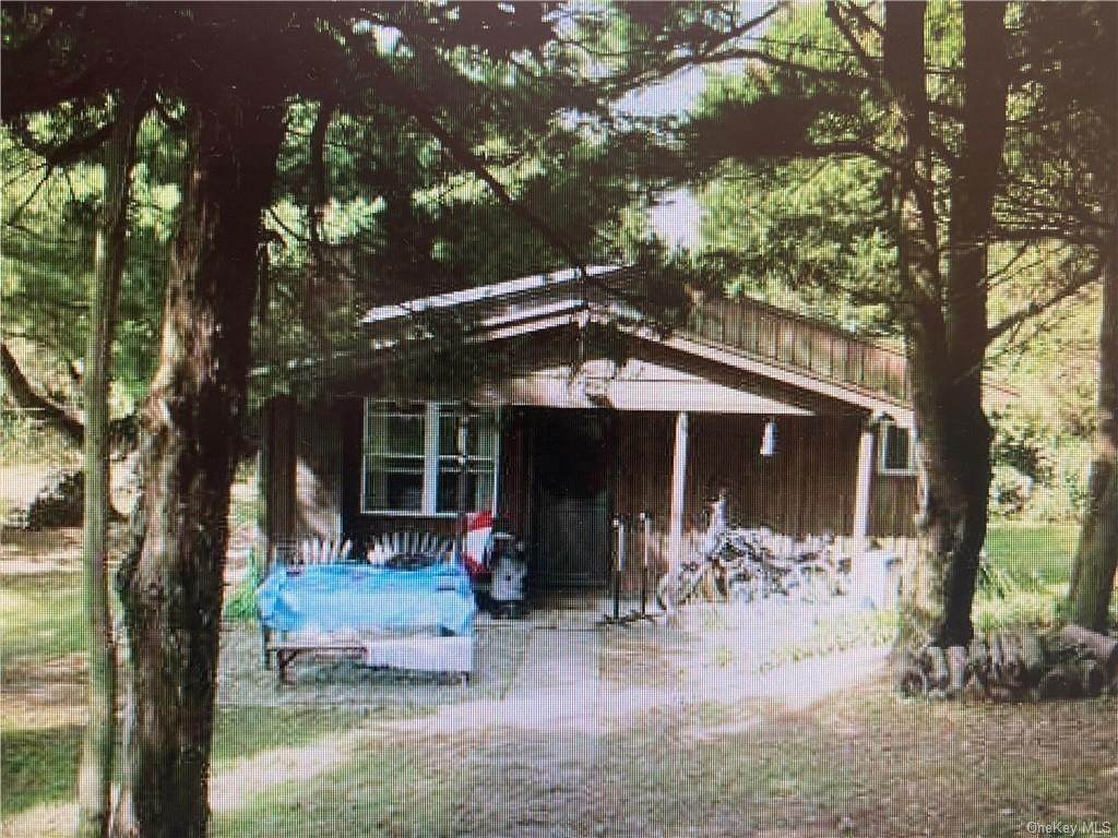 14. Residential Income for Sale at 54 Jessup Road Warwick, New York 10990 United States