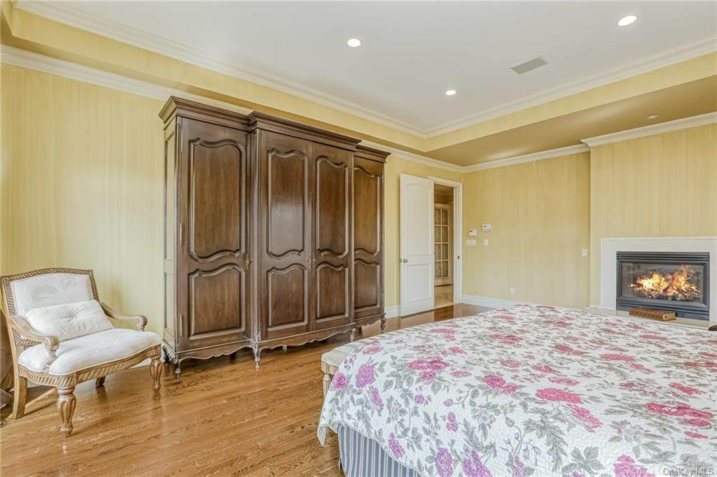 17. Residential for Sale at 344 Pleasant Hill Drive New City, New York 10956 United States