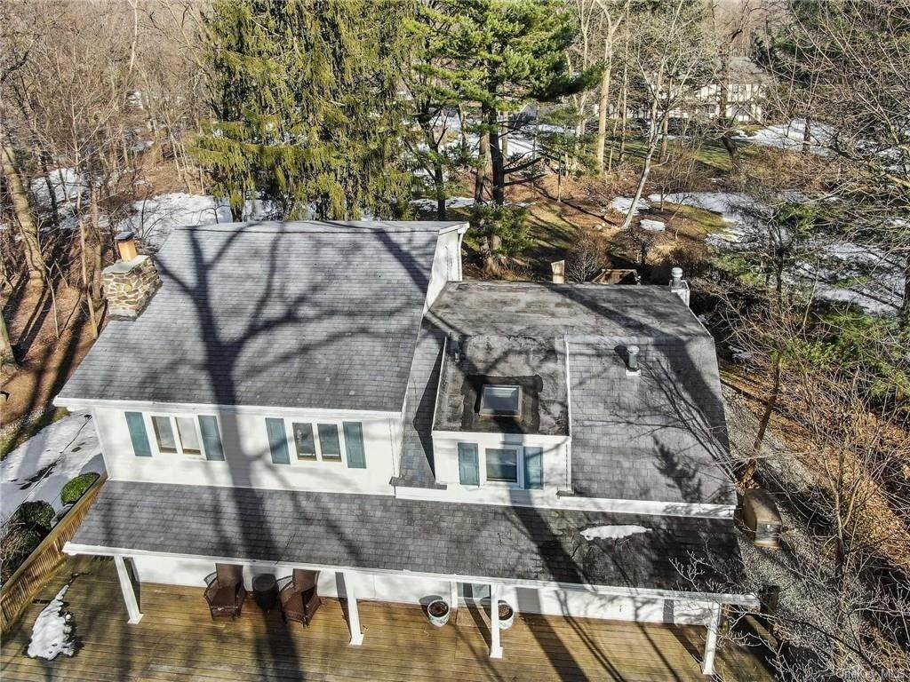 2. Residential for Sale at 195 Parrott Road West Nyack, New York 10994 United States