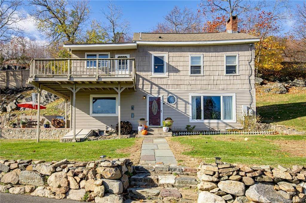 2. Residential for Sale at 4 Ayers Drive Tomkins Cove, New York 10986 United States