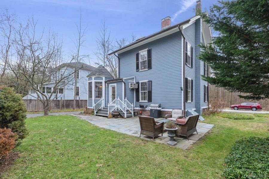 29. Residential for Sale at 7 Closter Road Palisades, New York 10964 United States