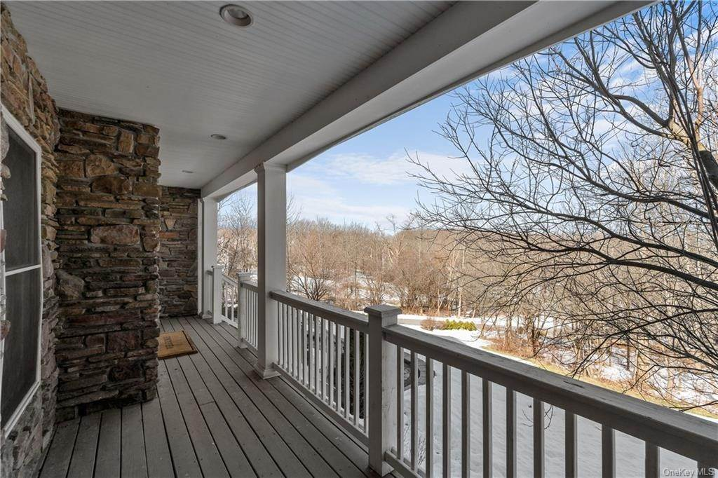 3. Residential for Sale at 86 Lower Reservoir Road Goshen, New York 10924 United States