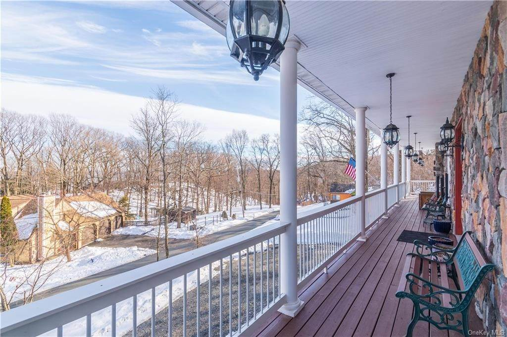 3. Residential for Sale at 70 Lakeview Drive, Stony Point, NY 10986 Tomkins Cove, New York 10986 United States