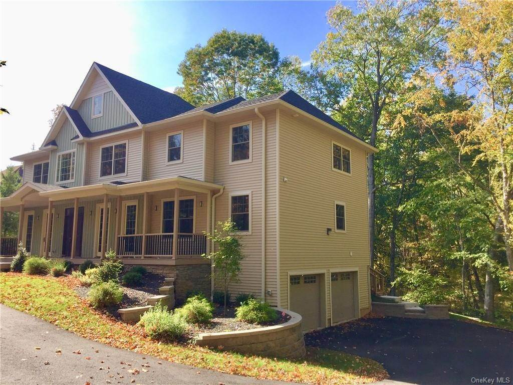 3. Residential for Sale at 226 S Greenbush Road Orangeburg, New York 10962 United States