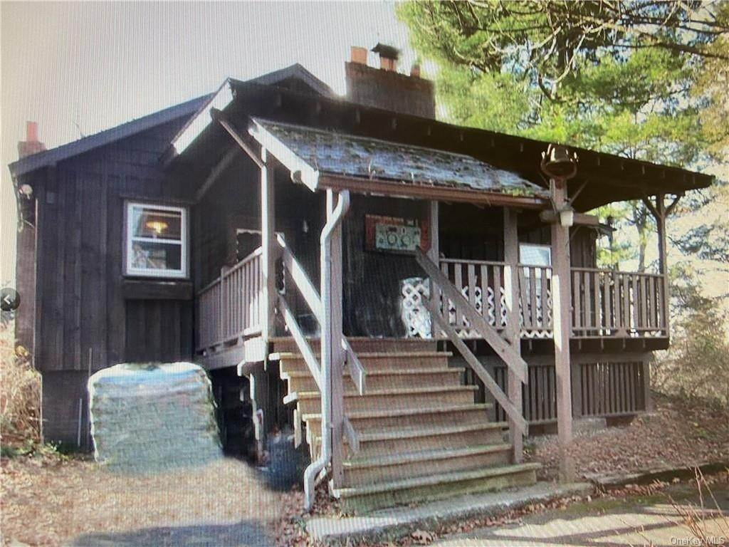 3. Residential Income for Sale at 54 Jessup Road Warwick, New York 10990 United States