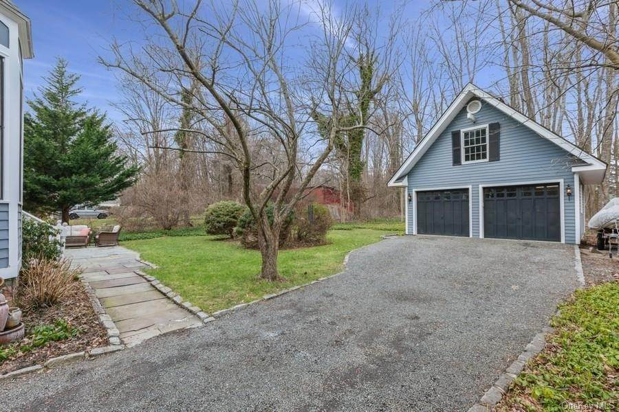 30. Residential for Sale at 7 Closter Road Palisades, New York 10964 United States