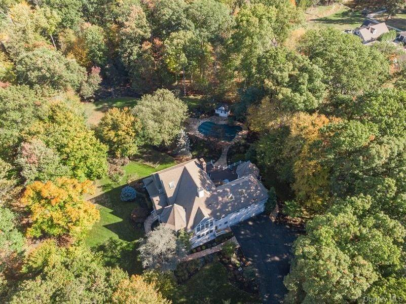 30. Residential for Sale at 423 Buena Vista Road, Clarkstown, NY 10956 New City, New York 10956 United States