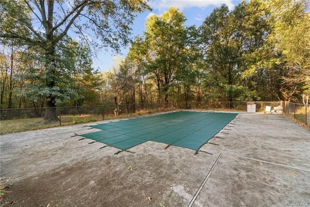 31. Residential for Sale at 116 Hill Road, Hamptonburgh, NY 10924 Goshen, New York 10924 United States