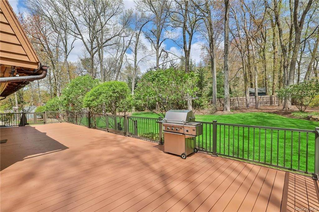31. Residential for Sale at 1A Century Road Palisades, New York 10964 United States