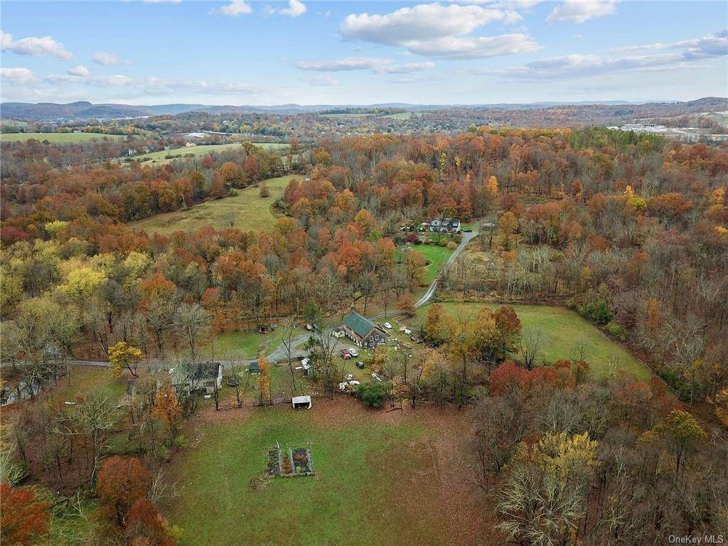 31. Residential Income for Sale at 82 Knoell Road, Goshen, NY 10924 Goshen, New York 10924 United States