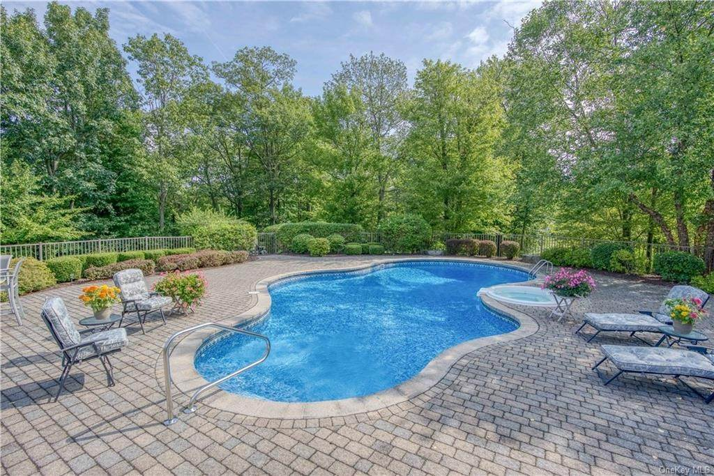 32. Residential for Sale at 200 Mine Hill Road, Cornwall, NY 12518 Cornwall, New York 12518 United States