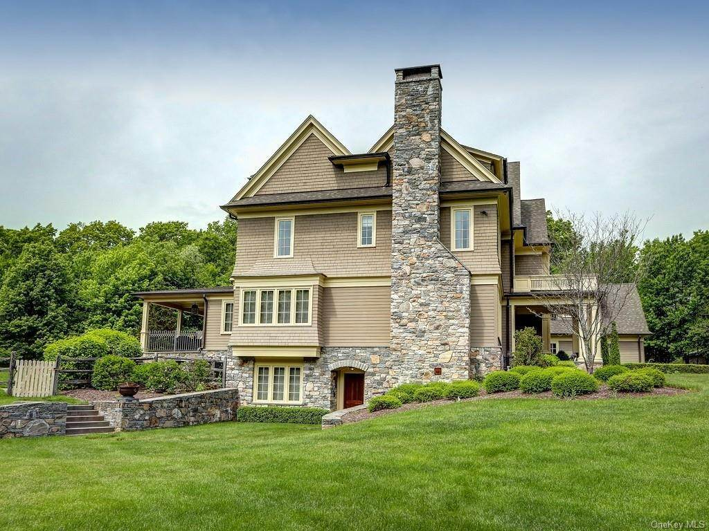 32. Residential for Sale at 7 Blanchard Drive Warwick, New York 10990 United States