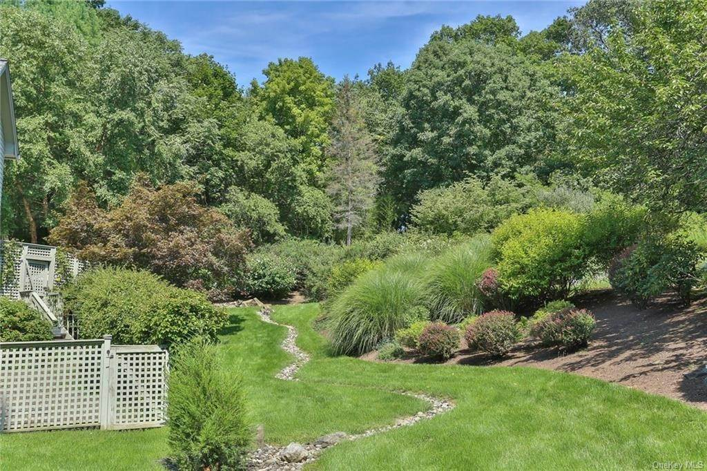 32. Residential for Sale at 649 S Mountain Road, Clarkstown, NY 10956 New City, New York 10956 United States