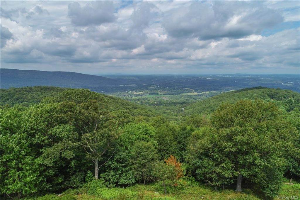 33. Residential for Sale at 200 Mine Hill Road, Cornwall, NY 12518 Cornwall, New York 12518 United States