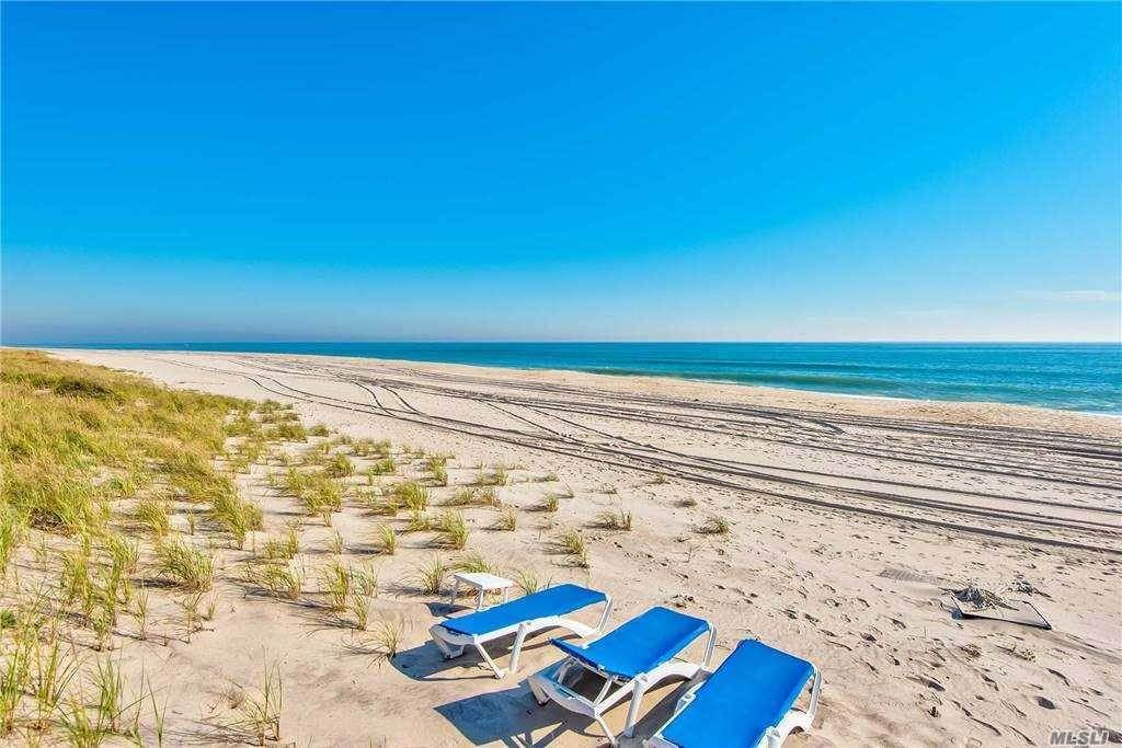 33. Residential for Sale at 181 Dune Road Other Areas, New York 11978 United States