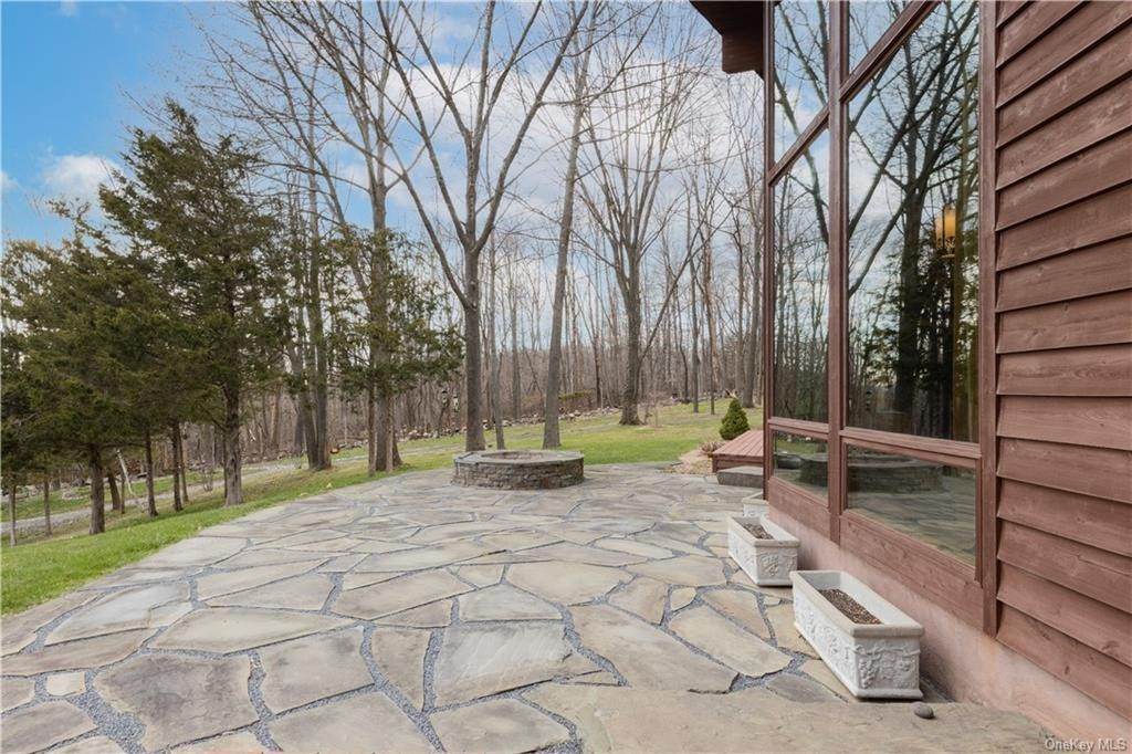33. Residential for Sale at 138 Pine Island Turnpike Warwick, New York 10990 United States