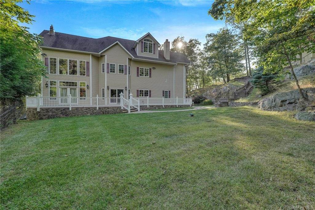 34. Residential for Sale at 26 Soluri Lane Tomkins Cove, New York 10986 United States