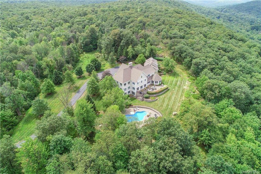34. Residential for Sale at 200 Mine Hill Road, Cornwall, NY 12518 Cornwall, New York 12518 United States