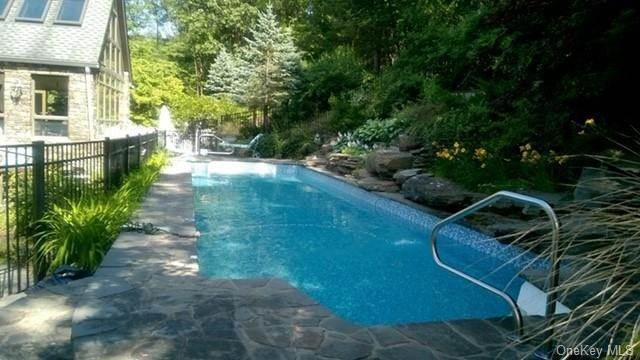 34. Residential for Sale at 21 Waterbury Road Warwick, New York 10990 United States